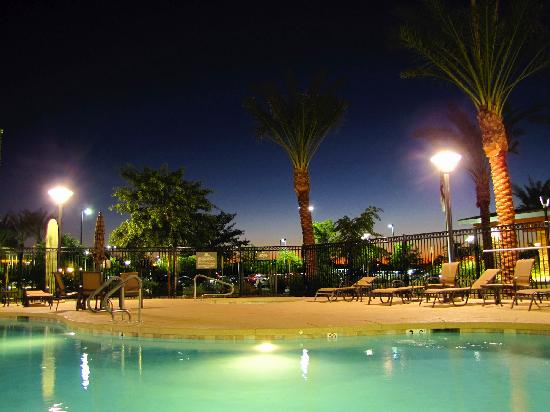 Homewood Suites by Hilton Phoenix Chandler Fashion Center: hotel's pool