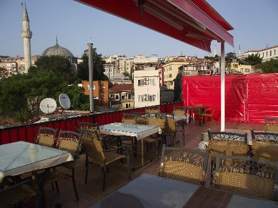 Ast Hotel: terrace