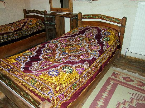 Kismet Cave House: One of our bedrooms