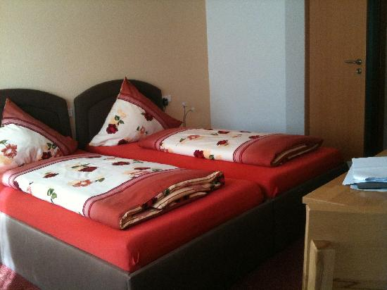 Gasthaus Linde: Double room in new annex