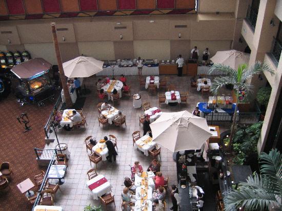 Hotel Pueblo Amigo Plaza & Casino: Atrium2