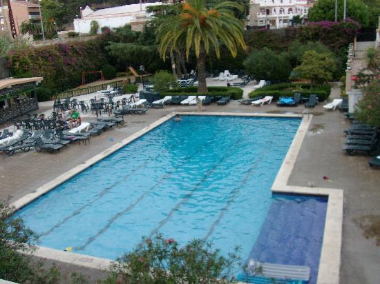Santa Susanna Resort: Pool from our room