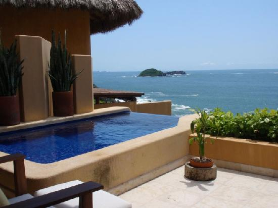 Capella Ixtapa: View from the private patio - amazing view, awesome infinity pool!
