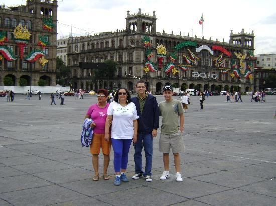 Ramada Reforma Mexico City: EL ZOCALO 2
