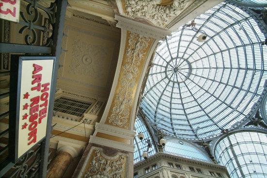 Hotel Art Resort Galleria Umberto: Esterno