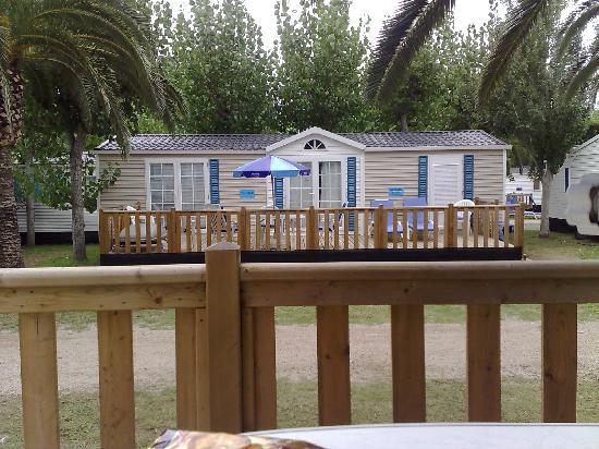 Playa Montroig Camping Resort: Vista Prestige mobile home