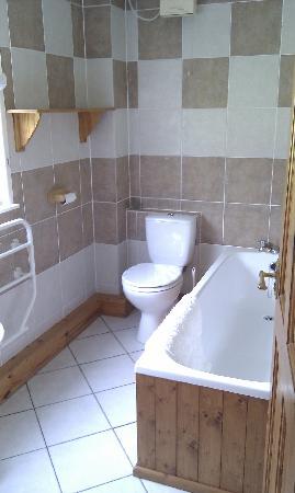 Ta Mill: Bathroom