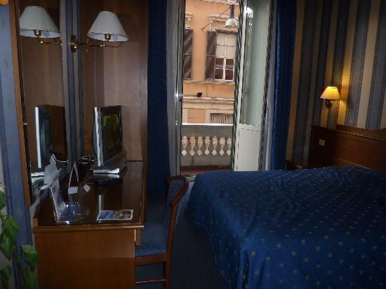 Montecarlo Hotel: Our room