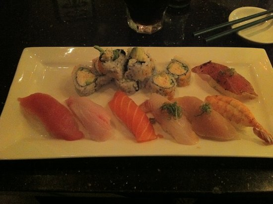 Photo of Japanese Restaurant Arigato Sushi at 1225 State St, Santa Barbara, CA 93101, United States