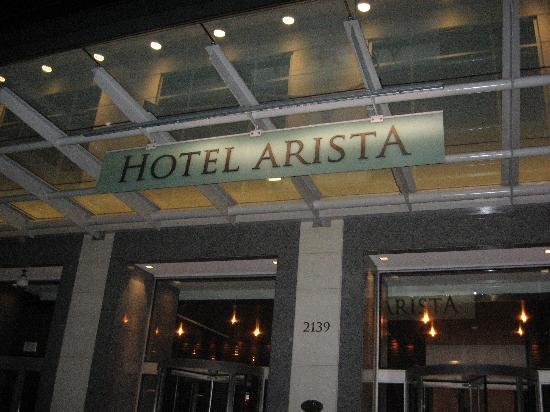 Hotel Arista: Entrance to the Hotel