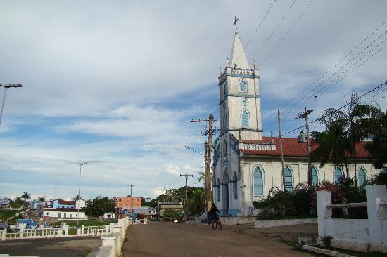 Barcelos, AM: Church