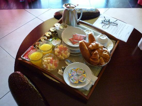 Club Med La Plantation d'Albion : Continental Breakfast - Room Service