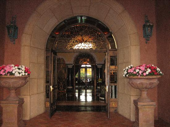 Fairmont Grand Del Mar: Addison entrance