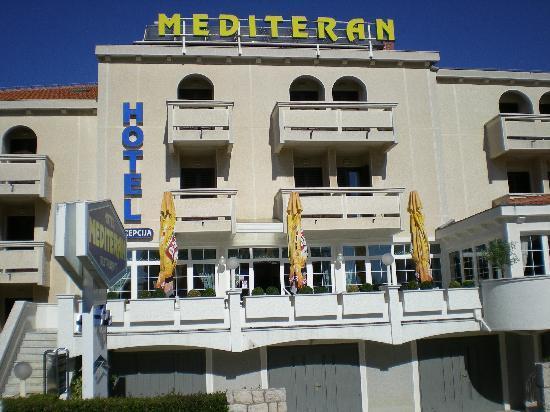 Mediteran: Front of Hotel