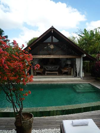 Oazia Spa Villas: Main villa building