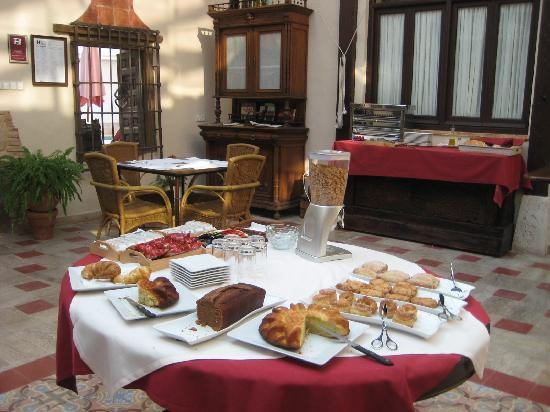 Breakfast area picture of hotel rural casa grande - Hotel casa grande almagro ...