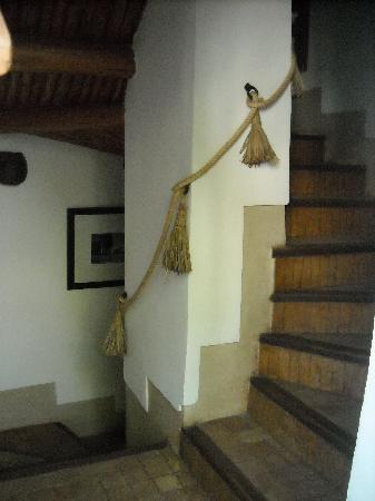 Riad l'Orangeraie: stair case in each corner of the RIAD