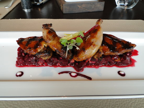 Café Gray Deluxe: Roasted quail with red beet salad