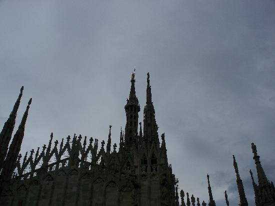 la Madonnina del Duomo vista dalla terrazza - Foto di La Rinascente ...