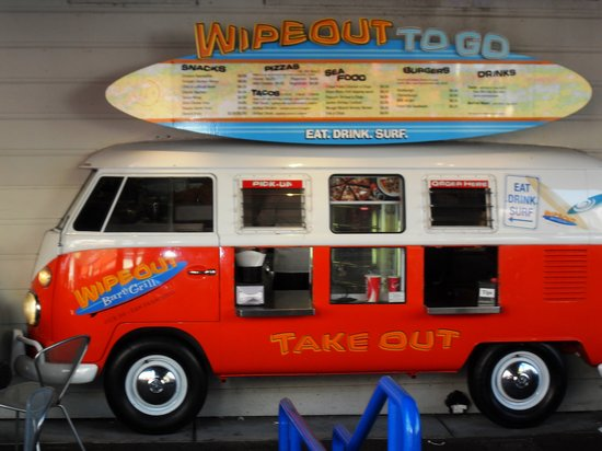 Wipeout Bar & Grill : Wipe-out Bar & Grill