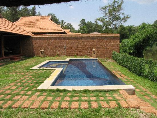 Orange County, Coorg: Pool of the Pool Villa