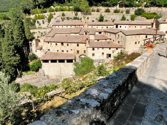 Cortona, Itália: The Franciscan monestary where Saint Francis stayed for a bit and only 15 minute walk from town