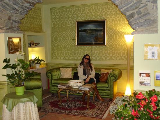 Hotel Leon d'Oro d'Orta: Lobby
