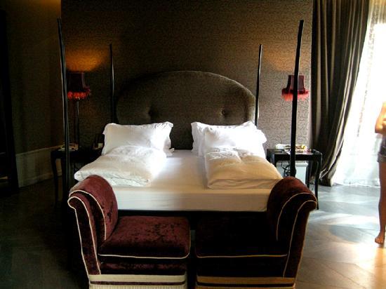 Hotel Palazzo Barbarigo Sul Canal Grande: Bett