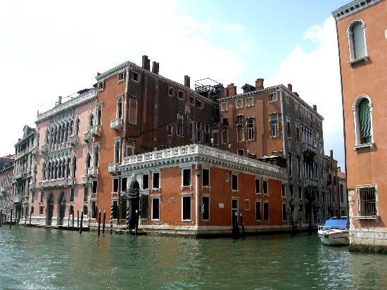 """Hotel Palazzo Barbarigo Sul Canal Grande: Hotel Barbarigo ... nur der kleine """"Würfel"""""""
