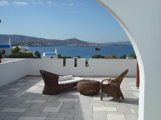 Paros Agnanti Resort: Terrasse der Juniorsuite