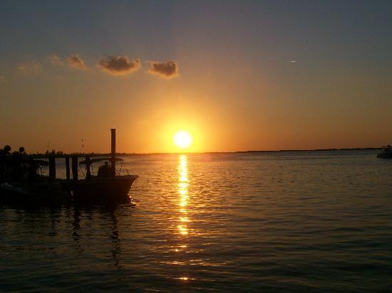Caribbean Club: Enjoy a beautiful sunset on the water.