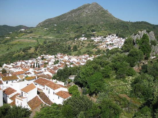 Molino del Carmen: Gaucin from Path to Castle
