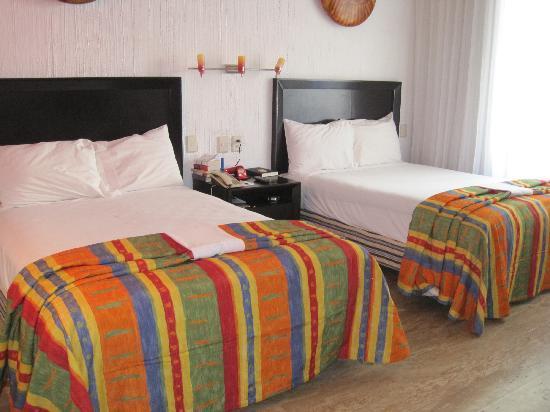 El Cid Granada Country Club: our room