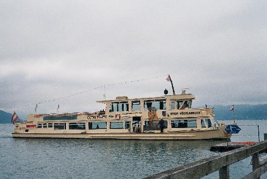 Strandhotel: Lake boat on Attersee