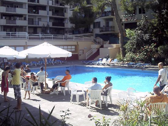 Hotel Pinero Tal: der Pool des Hotels Tal