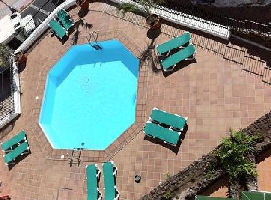 Apartamentos Don Diego: Nice quiet pool