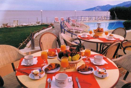 Hotel Tettola: petit déjeuner buffet