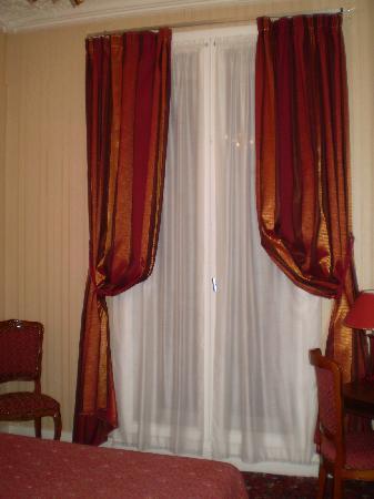 Hotel d'Argenson: La grande finestra