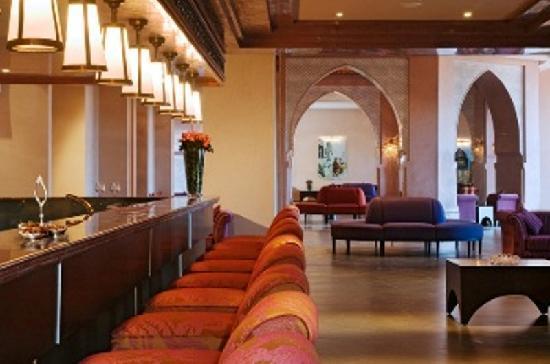 SENTIDO Kenzi Menara Palace: Lounge Bar