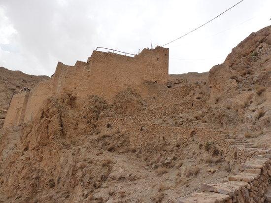 Maaloula, Syria: lungo il percorso