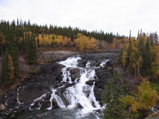 Cameron River Falls Trail