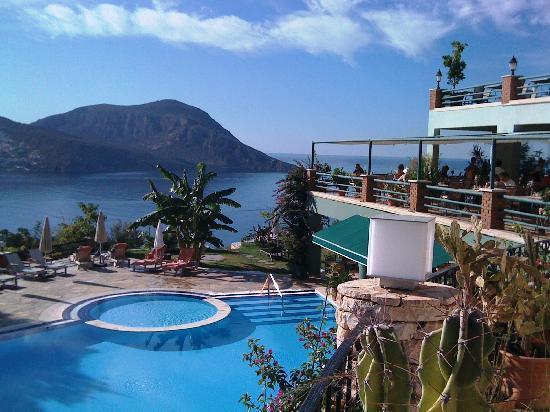 Kalkan Regency Hotel: The Pool