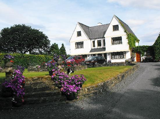 Alderhaven Country Home: The Alderhaven House