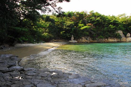 Sakaide, Japan: ナカンダ浜にたつ「柿本人麿碑」の歌碑