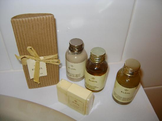 Findon Manor Hotel: bathroom amenities