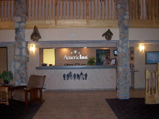 AmericInn Lodge & Suites Belle Fourche: Welcome to the End of the Day!
