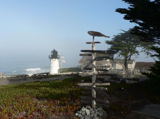 HI-Point Montara Lighthouse: Extérieur