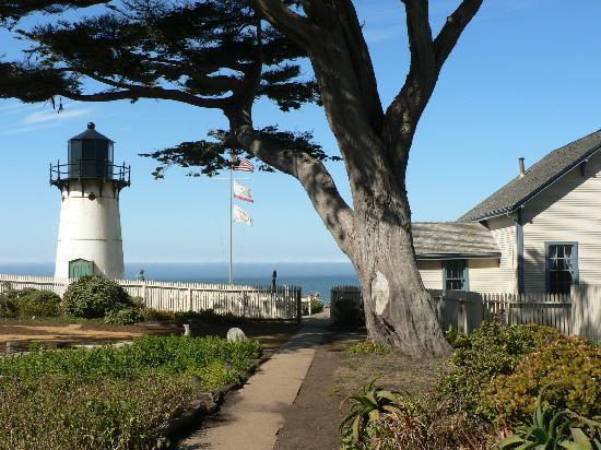 HI-Point Montara Lighthouse: Vue extérieur