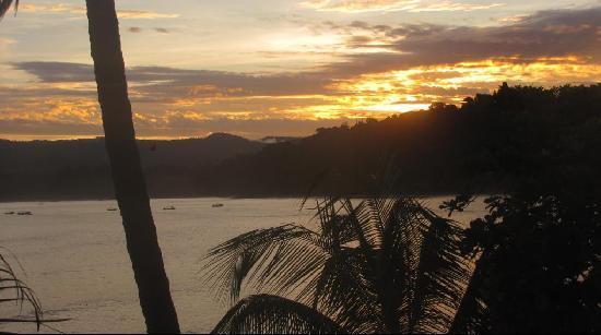 Jinetes de Osa Hotel: Ataredecer Bahía Drake