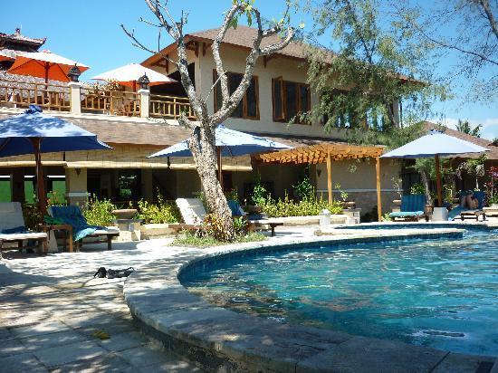 Villa Grasia Resort & Spa: Pool and Reception/Restaurant